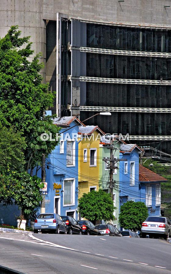 Casas no bairro de Pinheiros. São Paulo. 2007. Foto de Juca Martins.