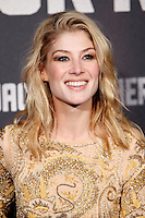 Actress Rosamund Pike attends the 'Jack Reacher' premiere at the Callao cinema in Madrid, Spain. December 13, 2012. (ALTERPHOTOS/Caro Marin) /NortePhoto