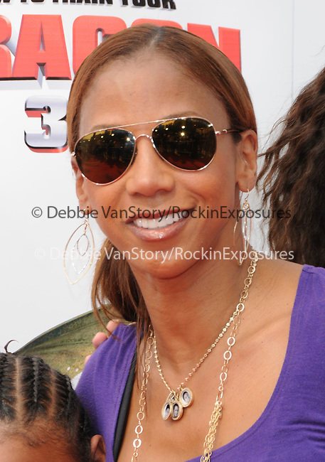 Holly Robinson Peete at the Dreamwork Pictures' Premiere How to Train Your Dragon held at Gibson Universal in Universal City, California on March 21,2010                                                                   Copyright 2010  DVS / RockinExposures
