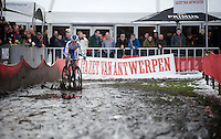 Katerina Nash (CZE/Luna) leading the race<br /> <br /> Azencross Loenhout 2014