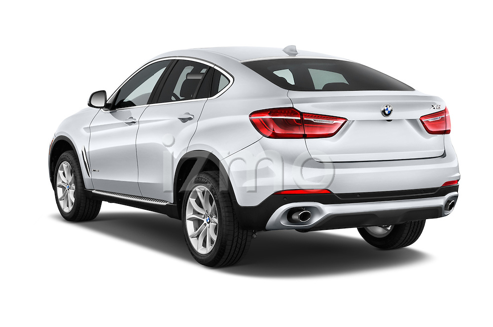Car pictures of rear three quarter view of a 2015 BMW X6 sDrive35i 5 Door SUV Angular Rear