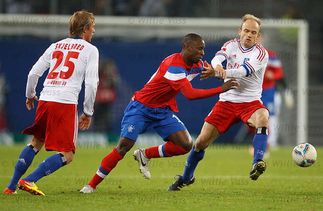 Sone Aluko goes past David Jarolim