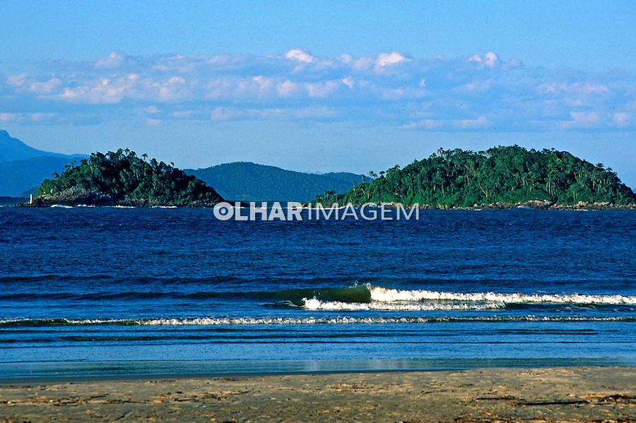 Praia na Ilha do Mel. Paraná. 2000. Foto: Renata Mello.