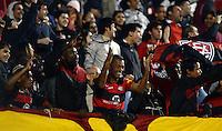 SAO PAULO SP, 05.10.2013 - Sao Paulo  X Vitoria - Torcida  do Vitoria durante partida contra o Sao Paulo valida pelo campeonato brasileiro de 2013  no Estadio do Morumbi em  Sao Paulo, neste Sabado, 05. (FOTO: ALAN MORICI / BRAZIL PHOTO PRESS).