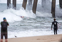 Huntington Beach, CA. Tuesday, July 28, 2015: Vans US Open of Surfing 2015, Men's Open round of 96.