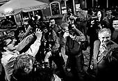 05.10.2005 WROCLAW - RYNEK _ PREZYDENT WARSZAWY LECH KACZYNSKI NA WROCLAWSKIM RYNKU W RAMACH KAMPANII PREZYDENCKIEJ.FOT. ADAM LACH / DEFACTO