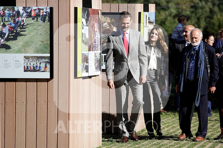 Prince Felipe of Spain (1L) and Princess Letizia (2L) of Spain visit the northern village of Teverga during the celebration of the 2013 Prince of Asturias Awards in Teverga, Spain. Teverga received the honorary mention of Exemplary Village in 2013. October 26, 2013..(ALTERPHOTOS/Victor Blanco)