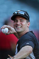 Chicago White Sox infielder Omar Vizquel #11 before a game against the Los Angeles Angels at Angel Stadium on August 23, 2011 in Anaheim,California. Los Angeles defeated Chicago 5-4.(Larry Goren/Four Seam Images)