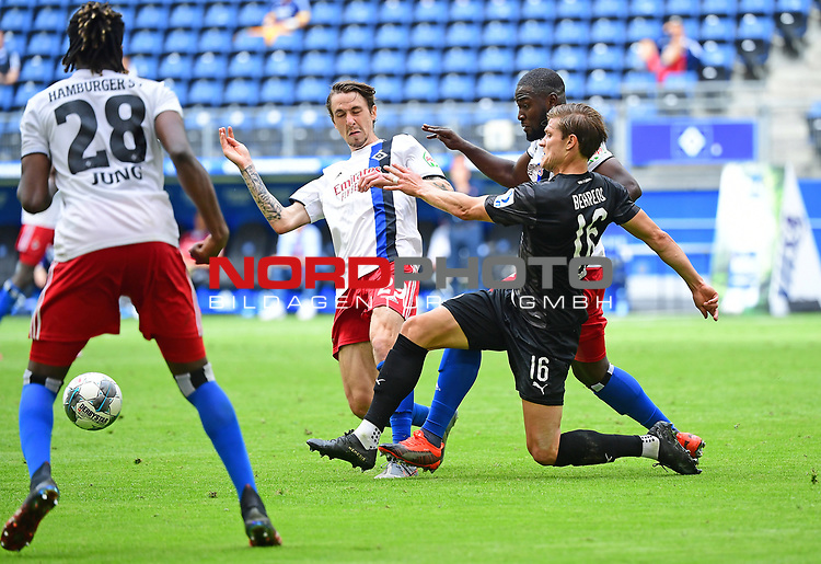 v.l. Adrian Fein, Stephan Ambrosius (HSV), Kevin Behrens<br />
