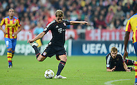 FUSSBALL   CHAMPIONS LEAGUE   SAISON 2012/2013   GRUPPENPHASE   FC Bayern Muenchen - FC Valencia                            19.09.2012 Toni Kroos (Mitte, FC Bayern Muenchen) erzielt das Tor zum  2-0