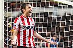 Nederland, Eindhoven, 30 januari  2013.KNVB Beker.Seizoen 2012/2013.PSV-Feyenoord.Aanvoerder Mark van Bommel van PSV scoort de 2-1