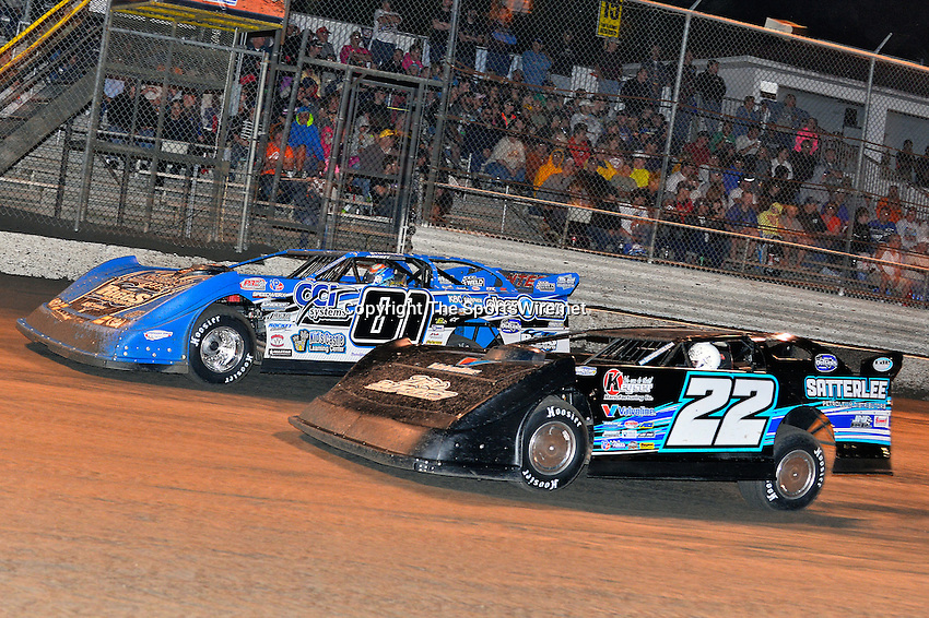 Feb 20, 2014; 9:22:45 PM;  Barberville, FL, USA;  World of Outlaws Late Model Series for 43rd Annual DIRTcar Nationals presented by Summit Racing Equipment at Volusia Speedway Park.  Mandatory Credit: (thesportswire.net)