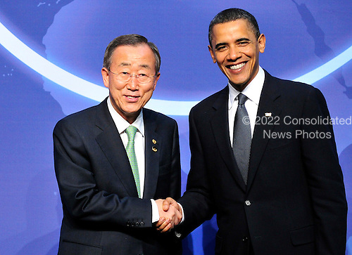 United States President Barack Obama welcomes Ban Ki-moon.Secretary-General of the United Nations to the Nuclear Security Summit at the Washington Convention Center, Monday, April 12, 2010 in Washington, DC. .Credit: Ron Sachs / Pool via CNP