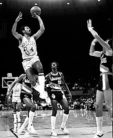 Golden State Warriors John Lucas shoots against the Portland Trailblazers.(1978 photo/Ron Riesterer)