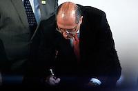 SÃO PAULO, SP, 12 DE JANEIRO 2012 - DILMA ROUSSEFF EM SÃO PAULO - O governador de Sao Paulo Geraldo Alckmin durante cerimônia de assinatura do termo de adesão ao programa Minha Casa, Minha Vida pelo Governo do Estado de São Paulo e do termo de compromisso para a construção de 97 mil unidades habitacionais da faixa I no Palacio dos Bandeirantes região sul da capital paulista. FOTO: WILLIAM VOLCOV - NEWS FREE