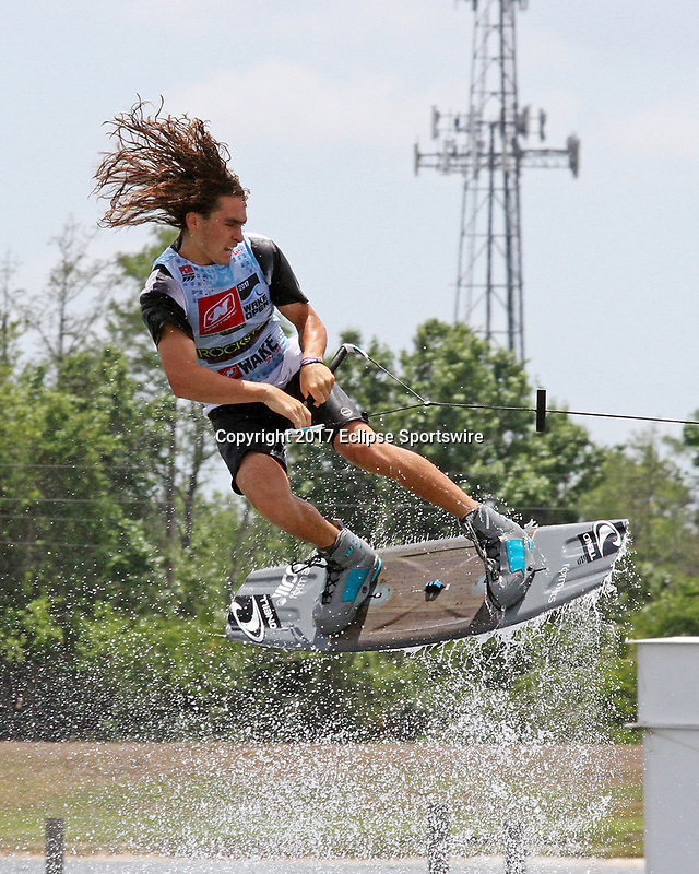 ORLANDO, FL - April 29:  Guenther Oka USA finishes first in Heat #03 of the Semi-Finals in the Junior Men's Professional Division to advance to the final of the WWA Nautique Wake Open 2017 at  the Orlando Watersports Complex on April 29, 2017 in Orlando, Florida. (Photo by Liz Lamont/Eclipse Sportswire/Getty Images)