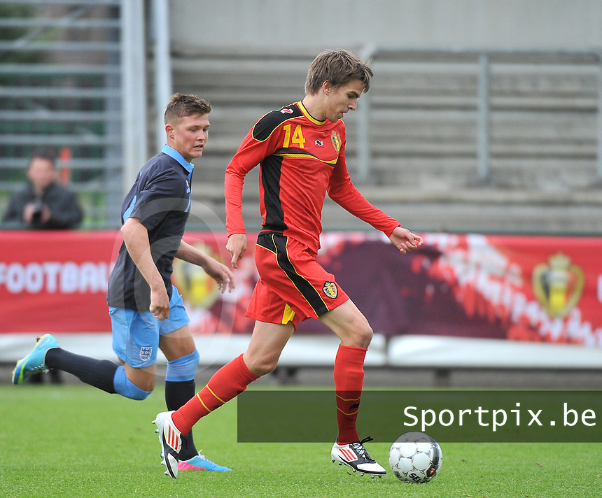Belgium U19 - England U19 : Cedric Buekers (14) and Maximilian Clayton (7).foto DAVID CATRY / Nikonpro.be
