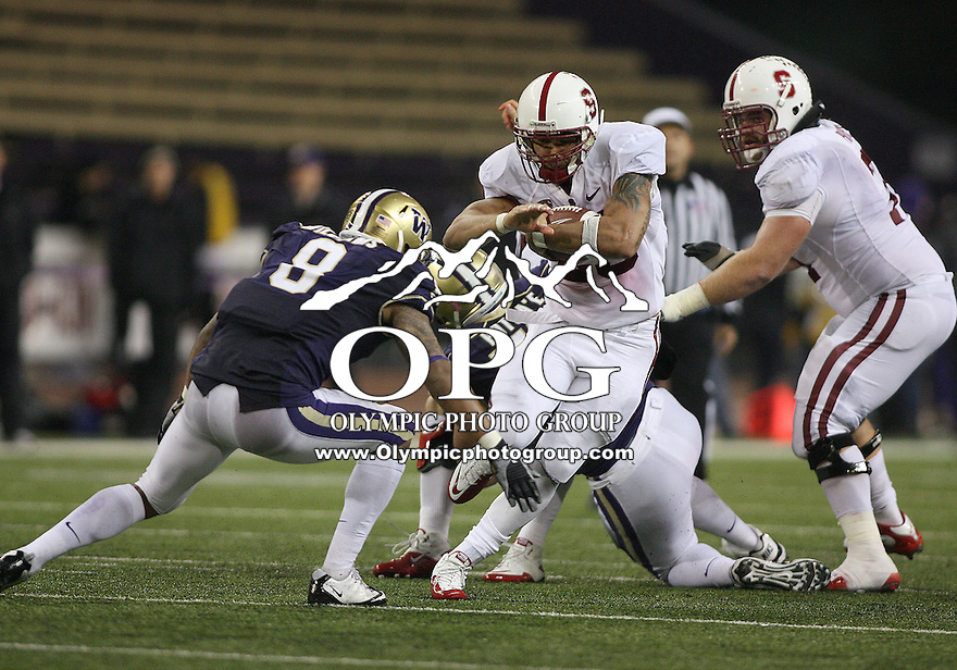 Oct 30, 20010:  Stanford running back #25 Tyler Gaffnet breaks through a hole against Washington.  Stanford defeated Washington 41-0 at Husky Stadium in Seattle, Washington.