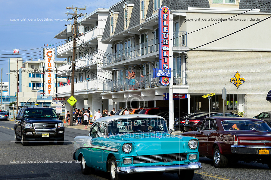 USA, New Jersey, Wildwood, parade of classic cars
