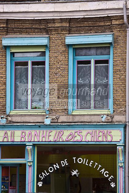 Europe/France/Nord-Pas-de-Calais/59/Nord/Bergues: façade d'une boutique