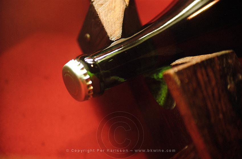 The crown cork capsule during the first fermentation. Gratien & Meyer, Saumur, Loire, France