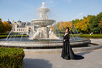 China - Ningxia - A Chinese bride gets her picture taken in front of Chateau Changyu Moser XV, one of the most impressive wineries of Ningxia. It was inaugurated on the 18 of August 2013, after three years of construction at a cost of 70 million euros. The chateau is a joint venture between Changyu, China's oldest winery, and Lenz Maria Moser, the fifteenth generation direct descendant from the renowned Moser wine family in Austria.<br />