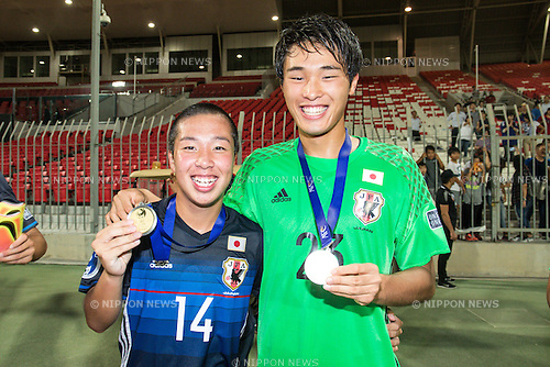 (L-R) Shunta Nakamura, Tomoya Wakahara (JPN), OCTOBER 30, 2016 - Football / Soccer : Shunta Nakamura and Tomoya Wakahara of Japan celebrate after winning the AFC U-19 Championship Bahrain 2016 Final match between Japan 0(5-3)0 Saudi Arabia at Bahrain National Stadium in Riffa, Bahrain. (Photo by AFLO)