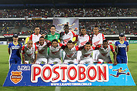 CÚCUTA -COLOMBIA, 02-11-2013. Jugadores del Santa Fe posan para los fotógrafos previo al encuentro entre Cucuta Deportivo e Independiente Santa Fe por la fecha 17 de la Liga Postobon II disputado en el estadio General Santander de la ciudad de Cúcuta./ Players of Santa Fe pose to the photographers prior the match between Cucuta Deportivo and Independiente Santa Fe for the 17th date of the Postobon League II at the General Santander Stadium in Cucuta city. Photo: VizzorImage/Manuel Hernandez/STR