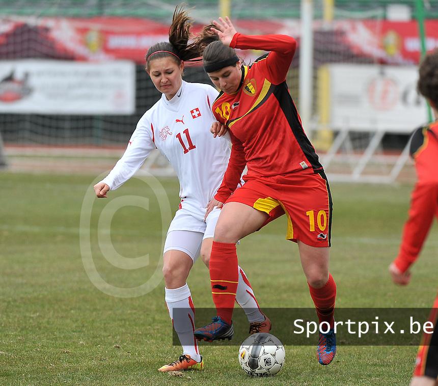 Belgium U19 - Switzerland U19 : Barla Deplazes (11) in a duel with Laura De Neve from Belgium (10).foto DAVID CATRY / Nikonpro.be