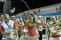 SÃO PAULO, SP, 28 DE JANEIRO DE 2012 - ENSAIO TÉCNICO X-9 PAULISTANA - Ex-BBB Mayra Cardi durante ensaio técnico da Escola de Samba X-9 Paulistana na praparação para o Carnaval 2012. O ensaio foi realizado na noite deste sabado no Sambódromo do Anhembi, zona norte da cidade. FOTO: LEVI BIANCO - NEWS FREE