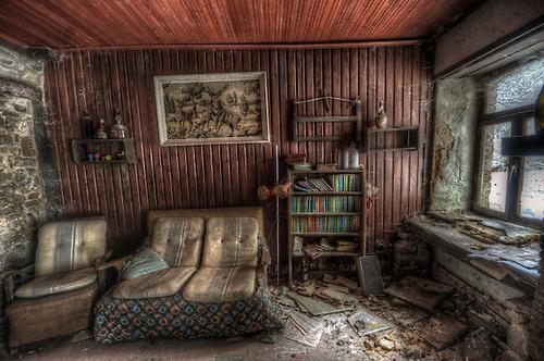 Old forgotten cottage in Belgium