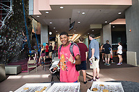 Dawg Days URec - students enjoy free cookies at Sanderson.<br />  (photo by Megan Bean / &copy; Mississippi State University)