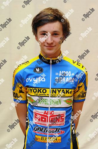 2011-01-29 / Wielrennen / seizoen 2011 / Balen BC / Junioren / Toon Melis..Foto: mpics