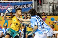 TORONTO, CANADA, 24.07.2015 - PAN-HANDBALL - Samira Rocha do Brasil durante partida contra Argentina na final do Handball Feminino no Centro de Exposições de Toronto nesta sexta-feira, 24. (Foto: William Volcov/Brazil Photo Press)