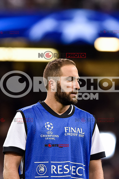 Gonzalo Higuain of Juventus warms up during the UEFA Champions League Final match between Real Madrid and Juventus at the National Stadium of Wales, Cardiff, Wales on 3 June 2017. Photo by Giuseppe Maffia.<br /> <br /> Giuseppe Maffia/UK Sports Pics Ltd/Alterphotos /NortePhoto.com
