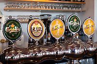 Denmark: Danish beers on draught | Daenemark: Bierzapfanlage fuer die bekannten daenischen Biere Carlsberg und Tuborg