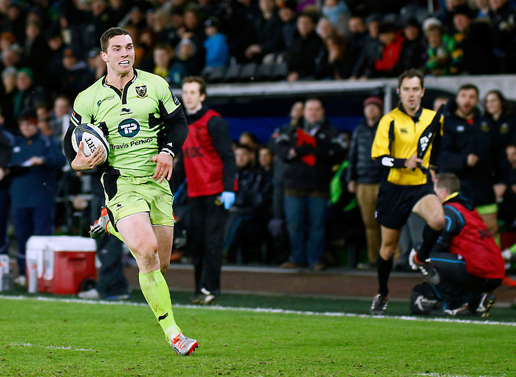 Northampton Saints George North breaks through to score his sides second try <br /> <br /> Photographer Simon King/CameraSport<br /> <br /> Rugby Union - European Rugby Champions Cup - Pool 5 - Ospreys v Northampton Saints - Sunday 18th January 2015 - Liberty Stadium - Swansea<br /> <br /> &copy; CameraSport - 43 Linden Ave. Countesthorpe. Leicester. England. LE8 5PG - Tel: +44 (0) 116 277 4147 - admin@camerasport.com - www.camerasport.com