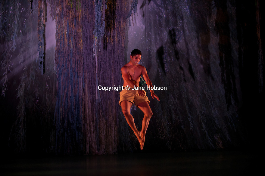 "London, UK. 15/11/2011. ""Seven for a Secret Never to be Told"" opens at Sadler's Wells. Dancers are: Eryck Brahmania, Atonette Dayrit, Julia Gillespie, Robin Gladwin, Dane Hurst, Vanessa Kang, Mbulelo Ndabeni, Pieter Symonds, Angela Towler, Stephen Wright. Picture shows Eryck Brahmania. Photo credit: Jane Hobson"