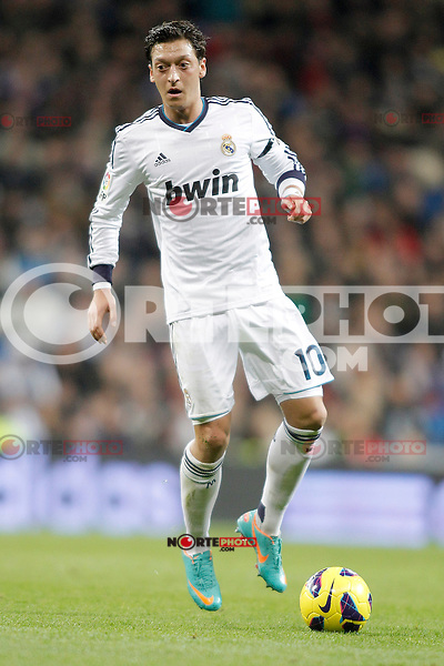 Real Madrid's Mesut Özil during La Liga match. December 16, 2012. (ALTERPHOTOS/Alvaro Hernandez)