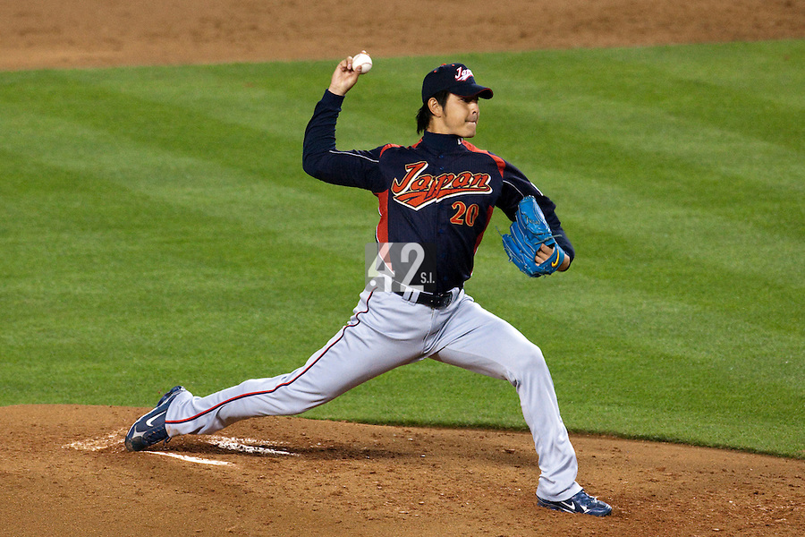 23 March 2009: #20 Hisashi Iwakuma of Japan pitches against Korea during the 2009 World Baseball Classic final game at Dodger Stadium in Los Angeles, California, USA. Japan defeated Korea 5-3