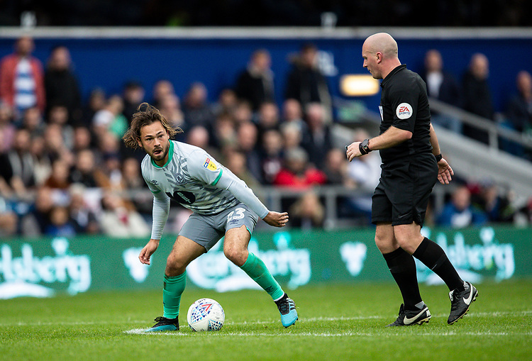 Blackburn Rovers' Bradley Dack breaks as referee  Simon Hooper looks on <br /> <br /> Photographer Andrew Kearns/CameraSport<br /> <br /> The EFL Sky Bet Championship - Queens Park Rangers v Blackburn Rovers - Saturday 5th October 2019 - Loftus Road - London<br /> <br /> World Copyright © 2019 CameraSport. All rights reserved. 43 Linden Ave. Countesthorpe. Leicester. England. LE8 5PG - Tel: +44 (0) 116 277 4147 - admin@camerasport.com - www.camerasport.com