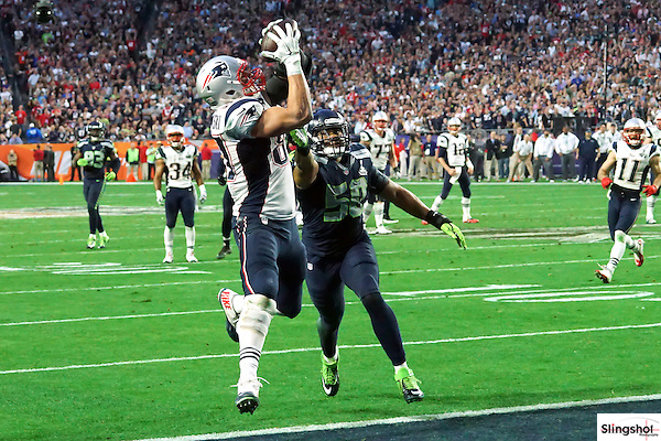 New England Patriots tight end Rob Gronkowski makes a touchdown catch during Super Bowl XXLI in Glendale, AZ at University of Phoenix Stadium.