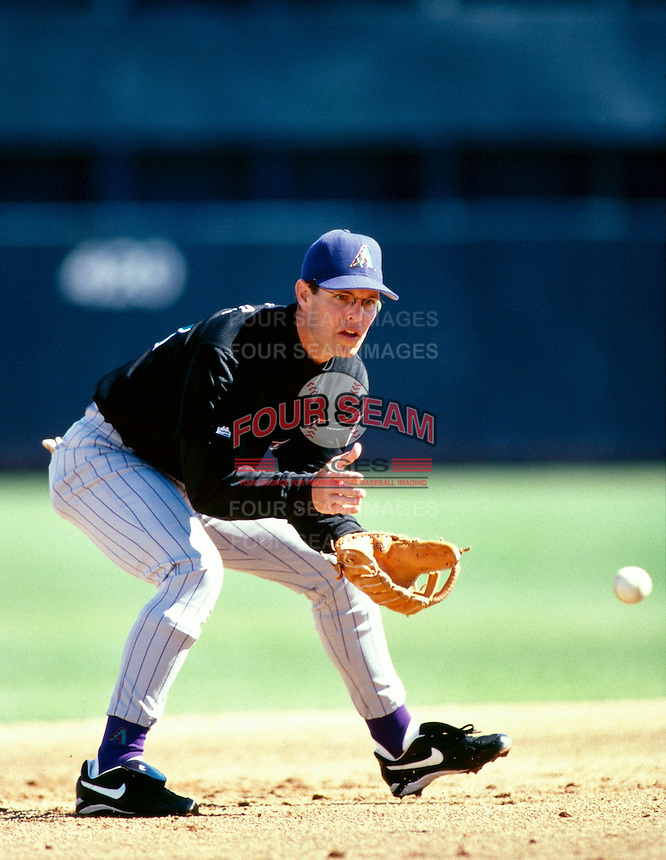 Jay Bell of the Arizona Diamondbacks participates in a Major League Baseball Spring Training game during the 1998 season in Phoenix, Arizona. (Larry Goren/Four Seam Images)