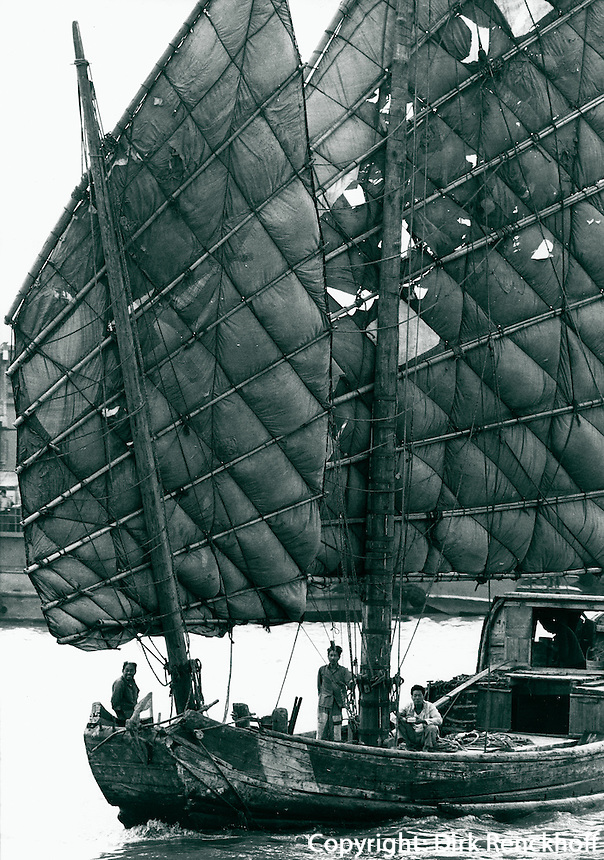 Segelschiff in Schanghai, China 1980