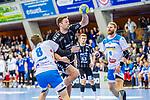 Nikola Bilyk, (THW Kiel #53) / Faluvegi, Rudolf (TVB Stuttgart #8) / Spaeth, Manuel (TVB Stuttgart #9) / TVB 1898 Stuttgart - THW Kiel / DHB Pokal Viertelfinale / HBL / 1.Handball-Bundesliga / SCHARRrena / Stuttgart Baden-Wuerttemberg / Deutschland beim Spiel im DHB Pokal Viertelfinale, TVB 1898 Stuttgart - THW Kiel.<br /> <br /> Foto © PIX-Sportfotos *** Foto ist honorarpflichtig! *** Auf Anfrage in hoeherer Qualitaet/Aufloesung. Belegexemplar erbeten. Veroeffentlichung ausschliesslich fuer journalistisch-publizistische Zwecke. For editorial use only.