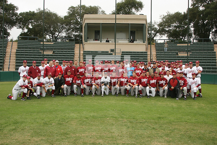 15 October 2006: Alumni participate in the annual alumni game at Sunken Diamond in Stanford, CA.