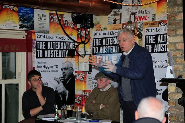 Cllr Ciaran McKEnna, Frank Gallagher and Joe costello TD Socialist Party<br /> Picture: Fran Caffrey www.newsfile.ie
