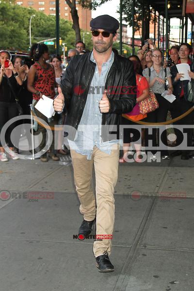 NEW YORK, NY - JULY 25: Jon Hamm at 'The Campaign' New York Premiere at Sunshine Landmark on July 25, 2012 in New York City. ©RW/MediaPunch Inc. /NortePhoto.com<br /> <br /> **SOLO*VENTA*EN*MEXICO**<br />  **CREDITO*OBLIGATORIO** *No*Venta*A*Terceros*<br /> *No*Sale*So*third* ***No*Se*Permite*Hacer Archivo***No*Sale*So*third*©Imagenes*con derechos*de*autor©todos*reservados*.
