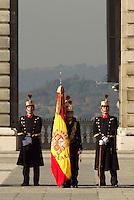 MADRI, ESPANHA, 06 JANEIRO 2013 - PARADA MILITAR ANO NOVO - Parada Militar do Ano Novo no Palacio Real de Madri capital da Espanha, neste domingo, 06/01/2013. (FOTO: MIGUEL CORDOBA / ALFAQUI / BRAZIL PHOTO PRESS).