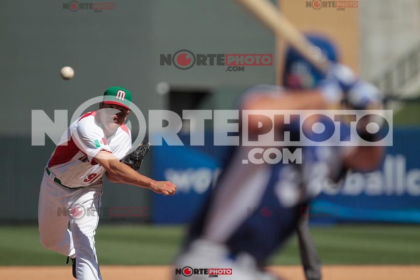 ALFREDO ACEVES PITCHER DE MEXICO. Mexico vs Italia, 2013 World Baseball Classic, Estadio Salt River Field en Scottsdale, Arizona  ,7 de marzo 2013...photo© Baldemar de los Llanos